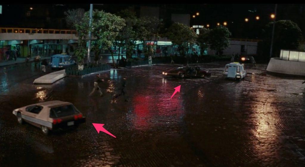 total recall screenshot - cars in street square